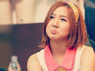 Keluarnya Yookyung dari A Pink Karena Paksaan dari Pihak Agensi?