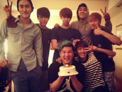 Heechul Resmi Memulai Aktivitasnya Bersama Super Junior!