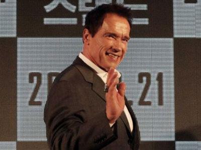 Arnold Schwarzeneger: 'Taxi' Program Yang Unik!