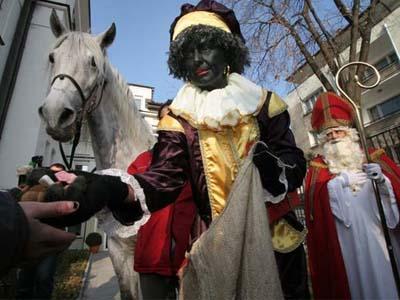 Yuk Intip Uniknya Perayaan Natal di Berbagai Negara