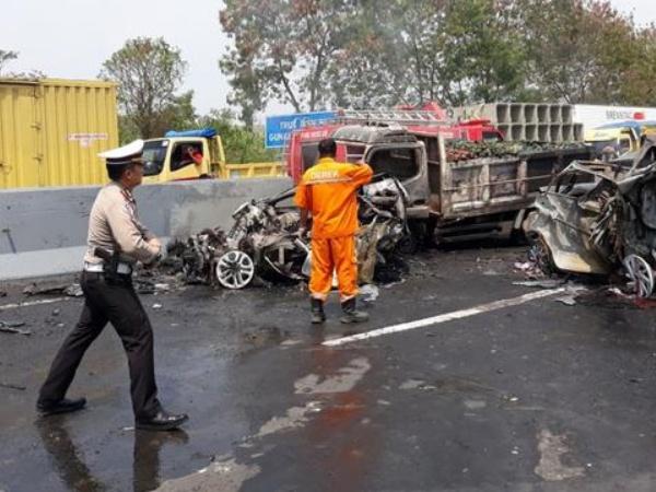 Polisi Resmi Tetapkan Satu Orang Lagi Tersangka Kecelakaan Maut Tol Cipularang, Apa Hukumannya?