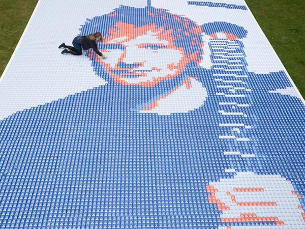 Wah, Ada Tiket Berukuran Raksasa di Konser Ed Sheeran!