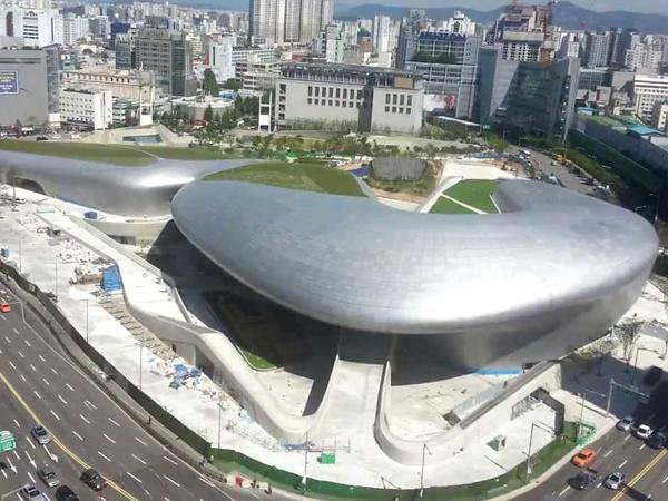Mengintip Landmark Paling Ikonik di Seoul, Dongdaemun Design Plaza