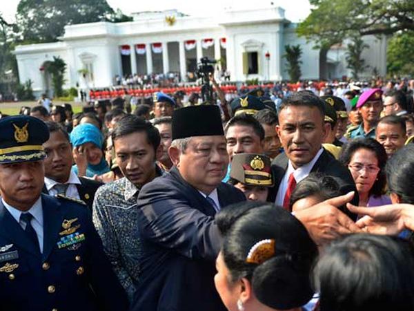 Suasana Haru Selimuti Momen Kepergian SBY dari Istana Kepresidenan