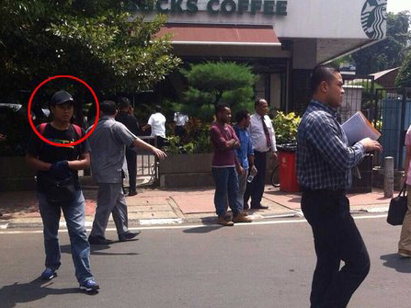 Pelaku Teror Thamrin Diduga Sempat Menelepon Ke Malaysia Sebelum Beraksi