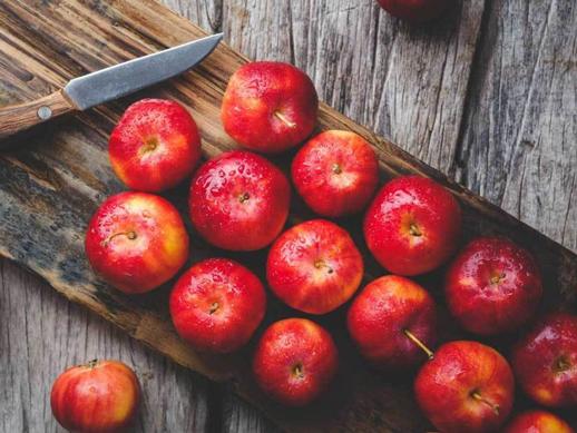Biji Apel yang Sering Dibuang Ternyata Banyak Mengandung Banyak Nutrisi, Ini Penjelasannya!