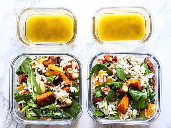 Kenali Dulu Yuk Fakta Penting Sebelum Beli Salad Kemasan