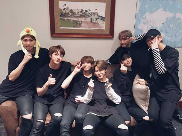 Tembus 5 Juta Followers di Twitter, Ini yang Dinantikan Fans dari BTS