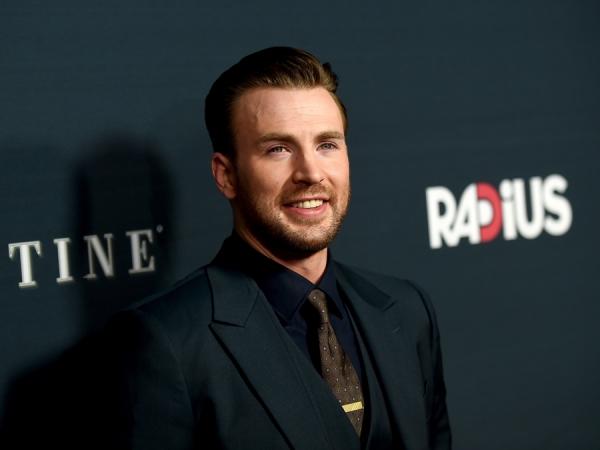 Gerah Disebut Film 'Avengers', Ini Pembelaan Chris Evans Soal 'Civil War'