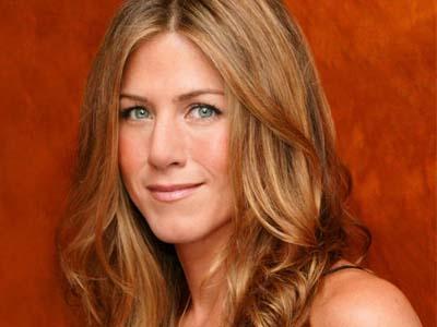 Kasian, Jeniffer Aniston Alami Tragedi Mengenaskan di Film 'Cake'!