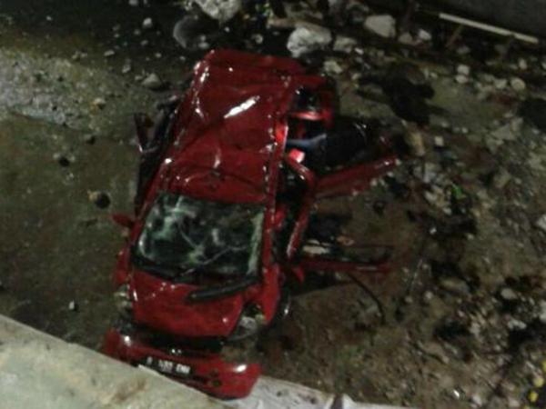 Tewaskan 2 Orang, Mobil Terjun Bebas Dari Parkiran Mal Kembali Terjadi