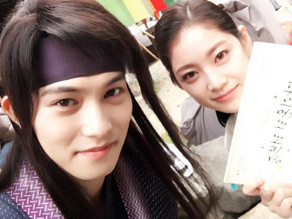 Jonghyun CNBLUE dan Gong Seung Yeon Tunjukkan Chemistry Manis di Lokasi Syuting 'My Only Love Song'