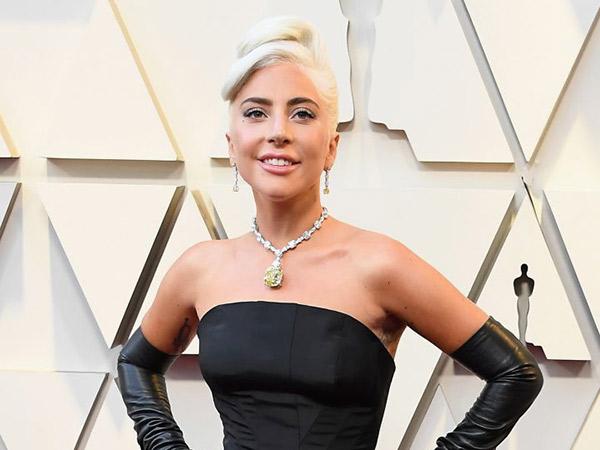 Harga Fantastis Kalung Berlian Lady Gaga di #Oscars 2019 Jadi Sorotan