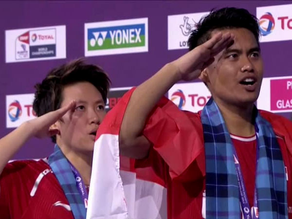 Bangga, Tontowi Ahmad dan Liliyana Natsir Raih Gelar Juara Dunia Bulutangkis!