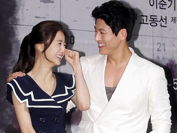 Pilih Bulan Madu Lebih Awal, Pasangan Seleb Korea Ini Siap Menikah di Januari Ini!