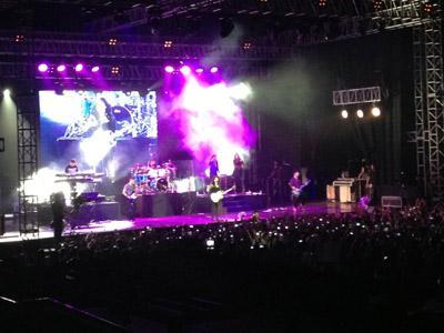 Demi Lovato Sukses Hibur Para Lovatics di Jakarta Walau Hanya Satu Jam