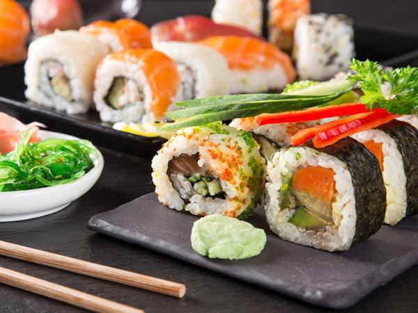 Makan Sushi Bisa Rusak Diet, Benarkah?