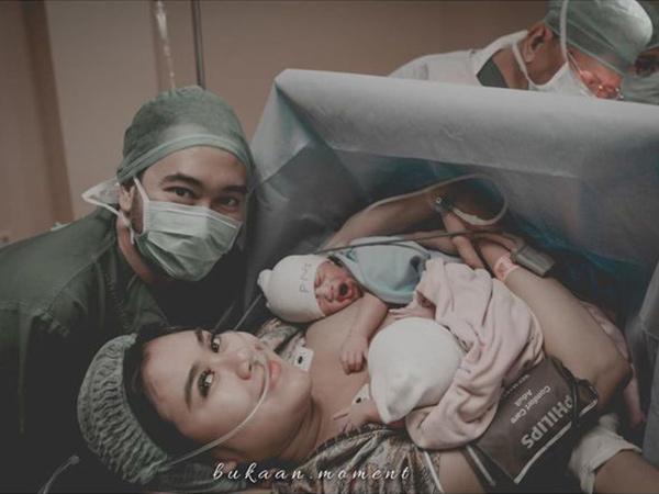 Lahirkan Bayi Kembar Laki-Laki dan Perempuan, Syahnaz Sadiqah Ceritakan Momen Mengharukan Persalinan