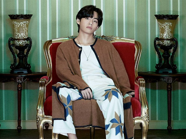 V BTS Mengaku Tak Sulit Jaga Persona Publik karena Aslinya Nggak Fake