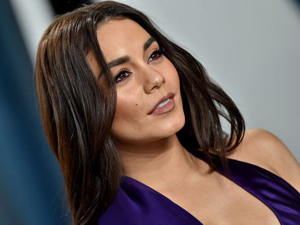 Vanessa Hudgens Minta Maaf Usai Dihujat karena Remehkan Corona
