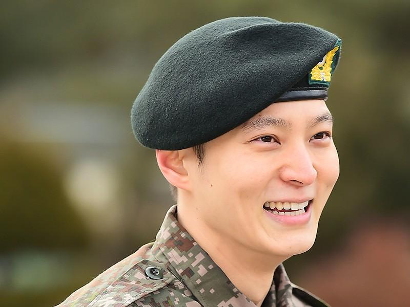 Joo Won Sebut BLACKPINK Sebagai Sumber Semangatnya Selama Wajib Militer