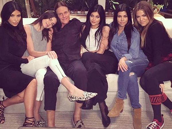 Bruce Jenner Bertransformasi Jadi Wanita, Ini Reaksi Keluarga Kardashian