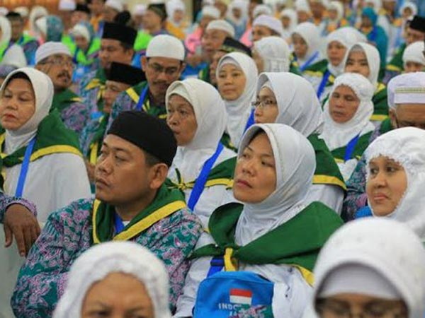 Berhaji Dengan Kuota Filipina, Ratusan Calon Jamaah Asal Indonesia Ditahan!
