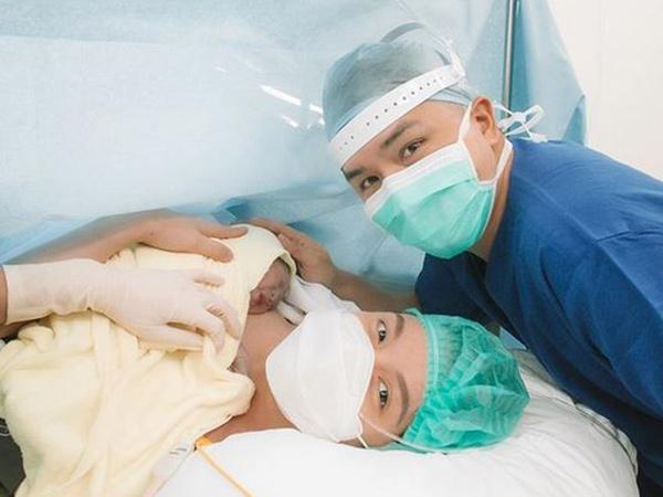 Chelsea Olivia Melahirkan Anak Kedua, Jadi Kado Ultah Glenn Alinskie