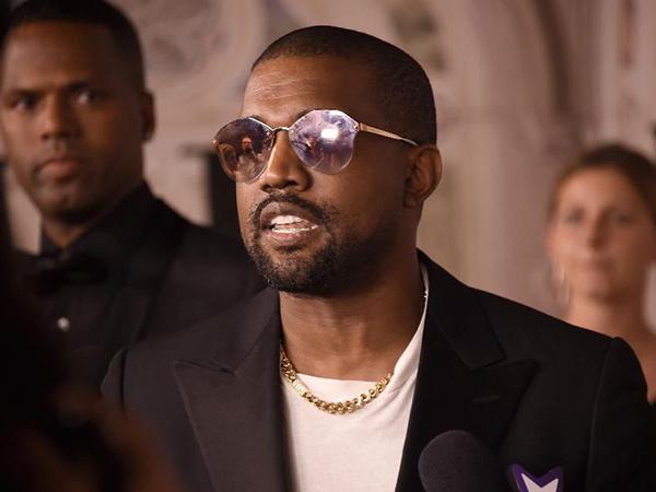Kanye West Kembangkan Yeezy Jadi Bisnis Kosmetik
