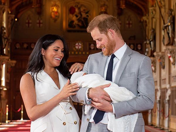 Potret Perdana Serta Arti Nama Putra Pertama Pangeran Harry dan Meghan Markle