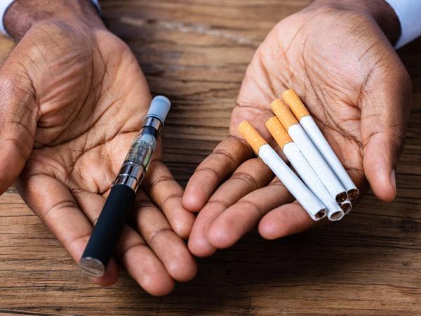 Waspada, Perokok dan Pengguna Vape 7 Kali Berisiko Terinfeksi COVID-19
