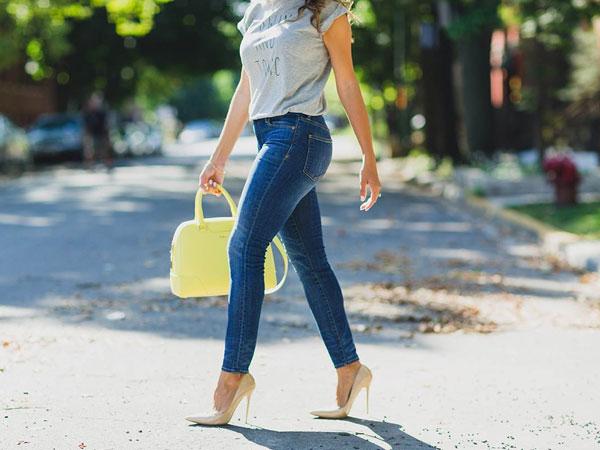 Intip Bahaya Kesehatan Akibat Sering Pakai Skinny Jeans