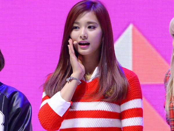 Majukan Jadwal, Tzuyu TWICE akan Daftar Masuk SMA di Korea Mei Mendatang!