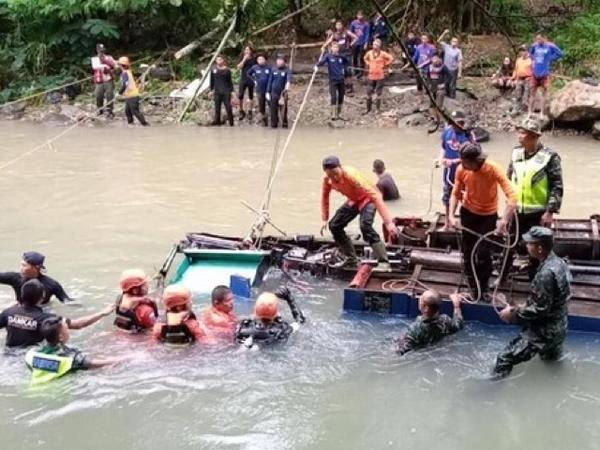 Alasan Penyelaman Mencari Korban Bus Sriwijaya yang Terjun Ke Jurang Dihentikan