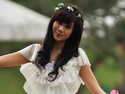 Pasca Hengkang dari Cherrybelle, Anisa Ubah Nama Twitter dan Facebook