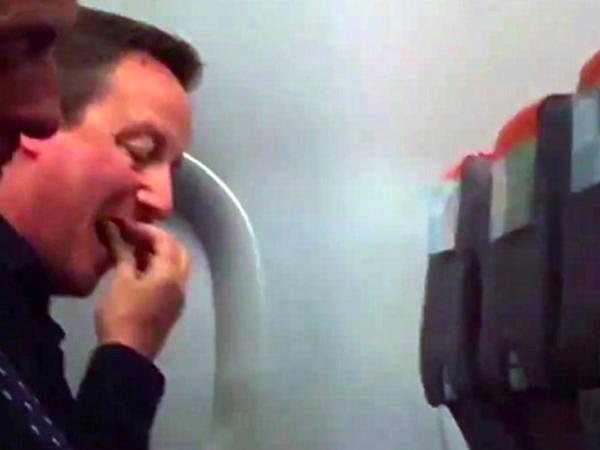 Naik Pesawat Kelas Ekonomi, Perdana Menteri Inggris Malah Dikasihani