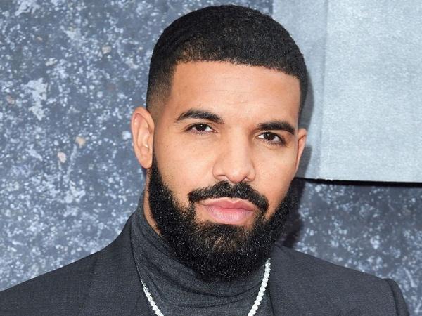 Drake Luncurkan Lilin Aromaterapi Berbau Dirinya