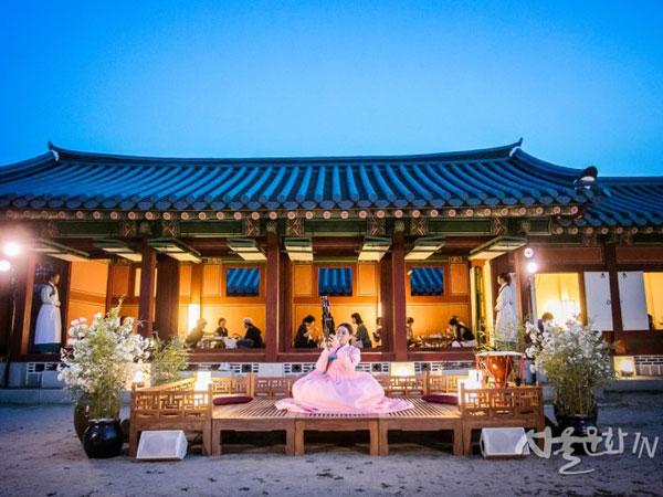 50gyeongbokgung-tour.jpg