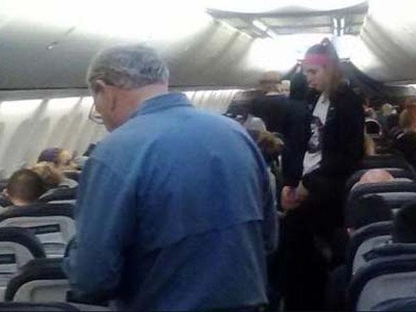 Gara-gara Kalajengking, Pesawat Ini Terpaksa Mendarat Darurat!