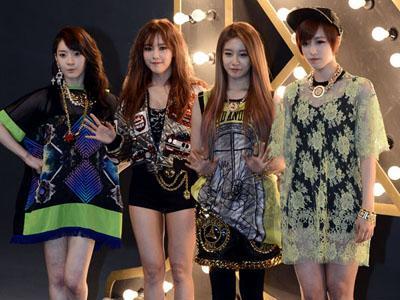 Setelah Liriknya, Kini Giliran Adegan dalam MV T-ARA N4 yang Tuai Kritikan!