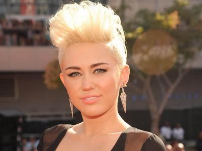 Apa Arti dari Judul Album Terbaru Miley Cyrus, 'Bangerz'?