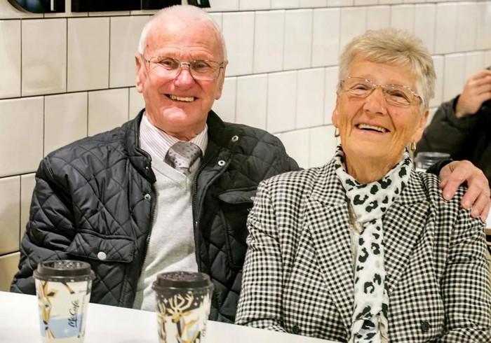 Pasangan Lansia Ini Sudah 23 Tahun Makan di McDonalds Namun Mengklaim Buat Langsing dan Bugar!