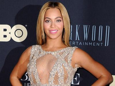 Ups, Beyonce Lupa Cukur Ketiak di Premier Filmnya!