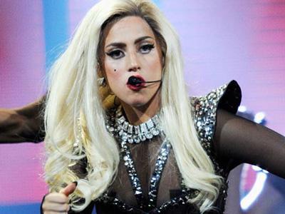 Batalkan Konser Karena Sakit, Lady GaGa Rugi Ratusan Miliar Rupiah!