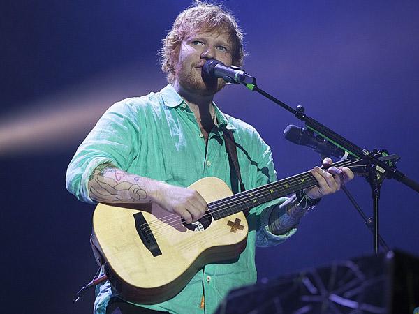 Ed Sheeran Diprediksi Mampu Raup Kesuksesan Seperti 'Legendaris' Elvis Persley?