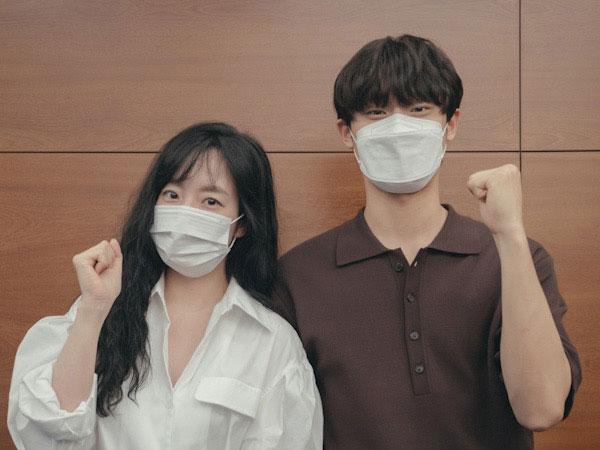 tvN Rilis Foto Im Soo Jung dan Lee Do Hyun Diskusi Naskah Drama Melancholia