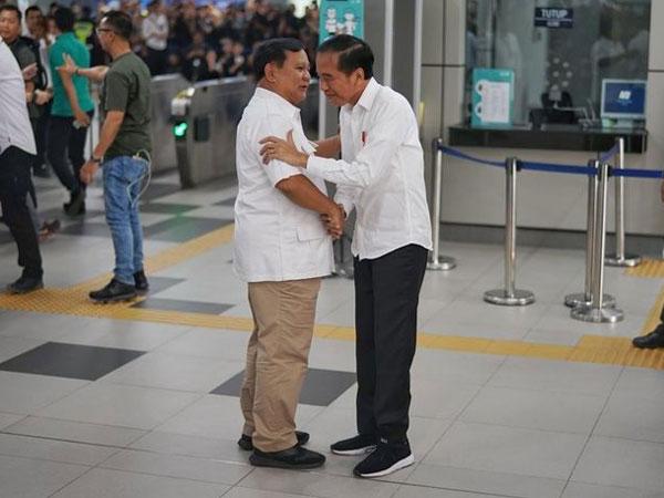 Makna Penting Di Balik Pepatah 'Lamun Sira Sekti, Aja Mateni' yang Digaungkan Jokowi