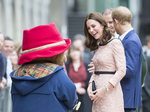 51kate-middleton-paddington.jpg