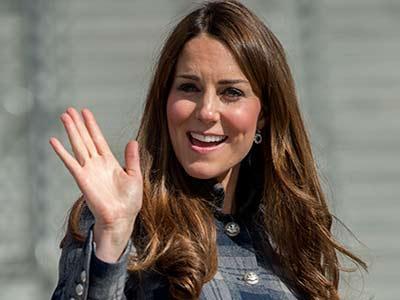 Wow, Kate Middleton Diam-diam Bisa Terbangkan Pesawat!