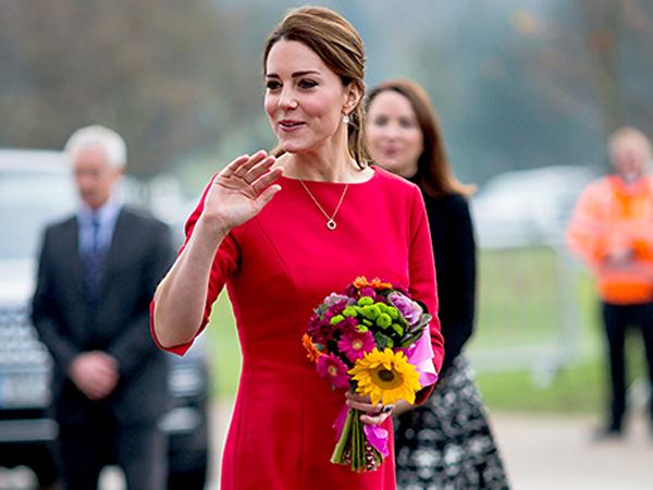 Gelar Baby Shower Serba Pink, Kate Middleton Hamil Bayi Perempuan?